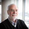 L'ancien professeur de sociologie à l'UdeM, Jean Renaud, a travaillé pendant 40 ans au pavillon Lionel-Groulx.  Photo : Jacob Côté